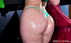 Brazzers - hawt milf jessica ryan likes large jock