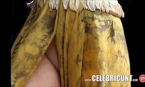 Selena gomez naked lalin girl celebrity dripped