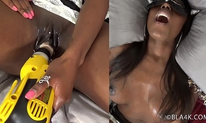Monique - fuck's herself with vigour tools and squirts everywhere