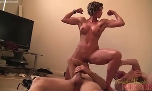 Female muscle porn star dominatrix amazon is masturbating