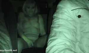 Jeny smith has being caught exposed on a back seat of taxi