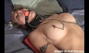 Milf jesse execrates her recent couple of nipp clamps