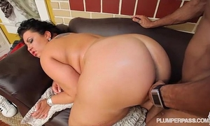 Sexy bbw diana nicole receives her biggest a-hole screwed