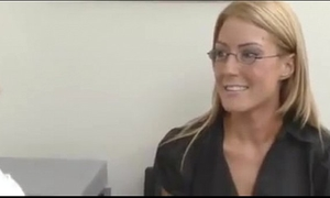 Job interview turns to lesbo sex