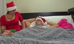 Melanie hicks in auntie's christmas gift- milf aunt copulates nephew receives creampie