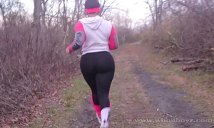 Cali kush large wazoo acquires group-sex outdoors whilst running