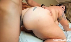 Bbw with obese a-hole works out and bonks in spandex