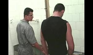 Pegação no banheiro do posto de gasolina (oftly goldwin - guys fitwork chunk 4)
