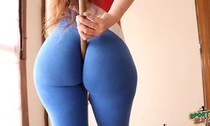 Big gazoo! small waist! explosive combination! sporty lalin girl!