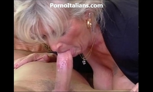 Milf golden-haired receives beat by muscled fellow and features - milf di fa scopare dotato