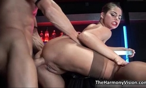 Horny dark brown wench goes eager having