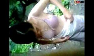 Sa may ilog nag iyutan ang mag irog - tubexvids.blogspot.com