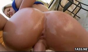Jessa rhodes's heart shaped booty