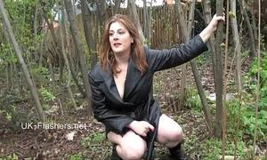 Amateur hottie jannas public masturbation and outdoor sex toy toying