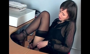 Office honey fingering in sheer nylons and heels