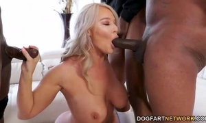 Nymphomaniac MILF in stockings serves 3 BBCs at the same time