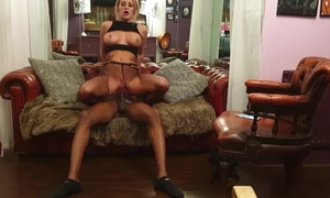 Horny black dude fucks his bitch in the living room