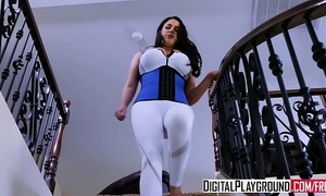 Xxx porn movie scene - in a pinch with (angela white, ramon nomar)