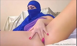 Arab hottie plays on camera