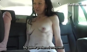 Czech milf does bj and receives fur pie licking in taxi