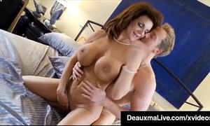 Curvy cougar deauxma acquires cum-hole & schlong in sexy 3way orgy!