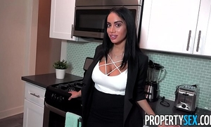 Propertysex - hopeless real estate agent with large mambos not quite loses sale