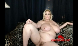 World celebrated bbw hawt mommy samantha38g on her live cam - chattercams.net