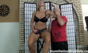 Slave worships femdom-goddess rapture's muscles