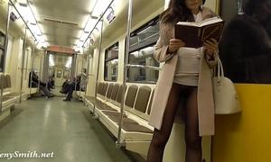 Jeny smith seamless hose subway muff flash