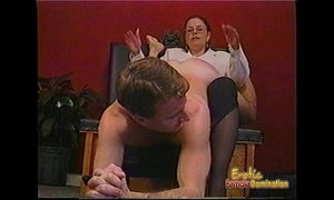 Kinky guy acquires some hardcore thrashing from a bespectacled slag